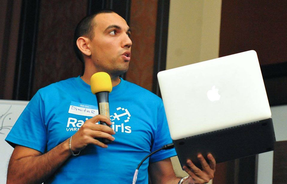 Предизвикателствата в работата с Angular, Jasmine и Unit Tests. Разговор с Димитър Данаилов