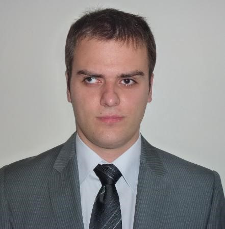 """""""Свеждам всяко голямо предизвикателство до много по-малки, които разрешавам едно по едно"""" – Теодор Раденков"""