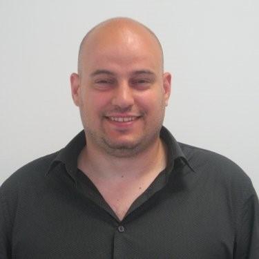 """""""При .NET фокусът е върху създаване на среда, където лесно можеш да бъдеш продуктивен за кратко време"""" – Валентин Бонев"""