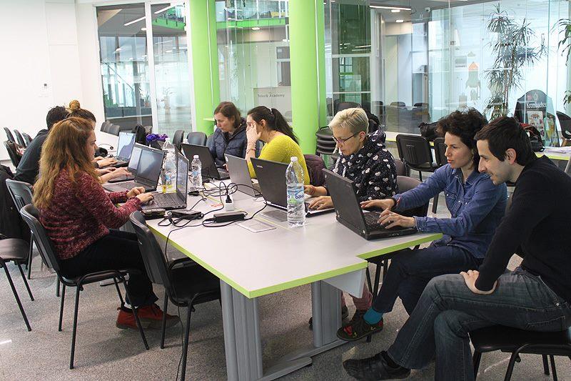"""Как се случва един """"writing sprint"""" в tekom България?"""