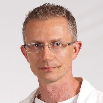 Тимур Качаунов: C++ има прекалено много начини да изрази едно и също нещо, затова се фокусирайте върху проблема