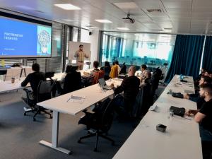 Cloud & DevOps Академия, организирана от KPMG IT Service и ITCE, търси млади таланти, които искат да стартират кариера в технологичния сектор